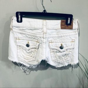 True Religion white denim shorts 25